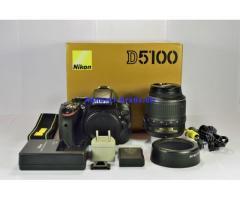 Vendo Nikon D5100 con Nikkor 18-55mm. in perfette condizioni