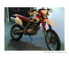 Vendo Yamaha TT 600 R