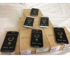 Apple iPhone 5 16gb,Samsung S4 i9505 16gb 375€