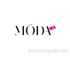 Modelle/i per catalogo di moda abbigliamento sportivo