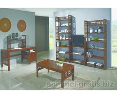 Arredamenti e complementi di arredo in legno
