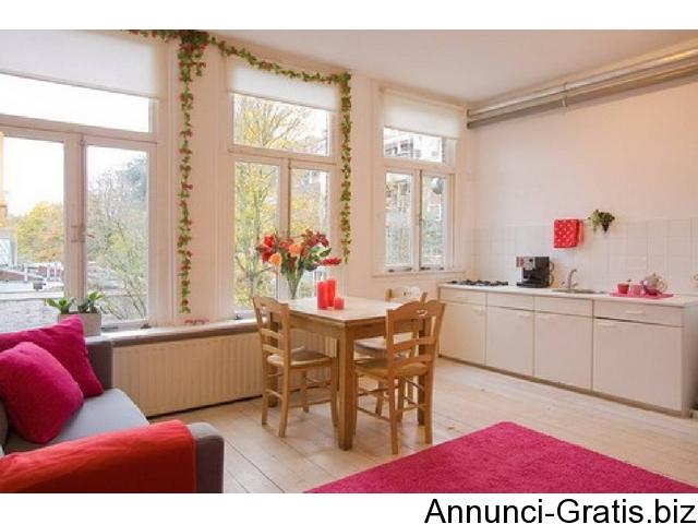 Appartamenti economici amsterdam 3 persone amsterdam for Amsterdam case in vendita